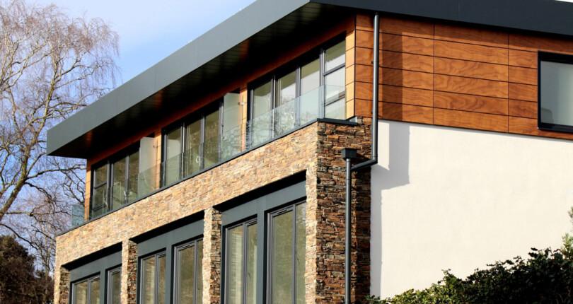 Чем дом отличается от коттеджа: 6 основных признаков
